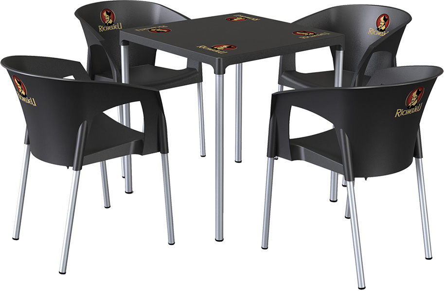 Aro Table and Chairs