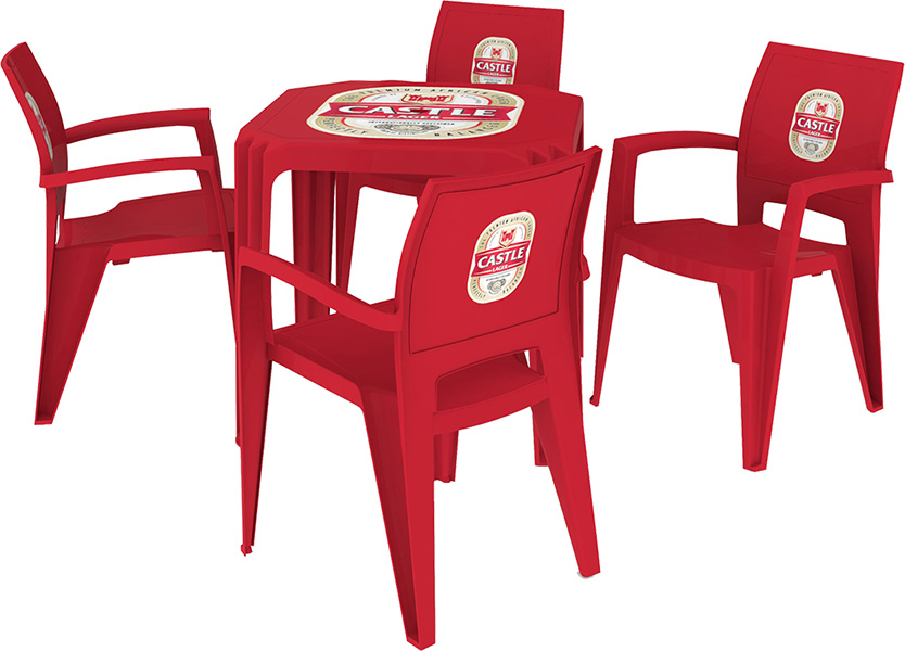 Viana Table and Chairs